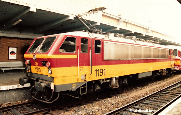 Benelux-HLE1190-SNCB Mons 1996